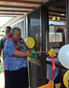 PM Tuilaepa cutting the ribbon at the opening of the Eleventh Commandment Restaurant, Vaitele Fou.