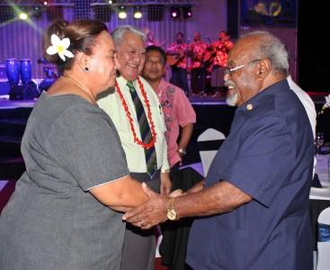 Mrs Gillian Malielegaoi meeting Former PM of PNG Michael Somare