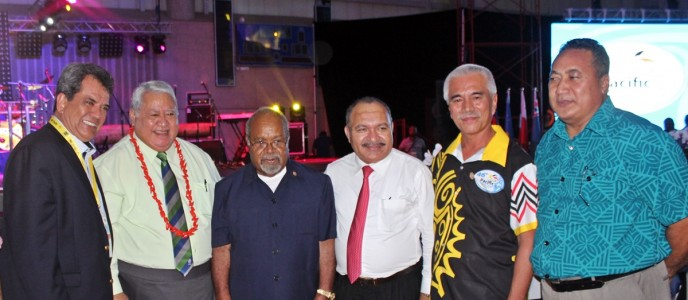 PM Tuilaepa Sailele Malielegaoi with former Prime Minister of PNG, Grand Chief Michael Somare, PNG Prime Minister, Mr Peter O'Neill, President of Kiribati Mr Anote Tong and some of the delegates