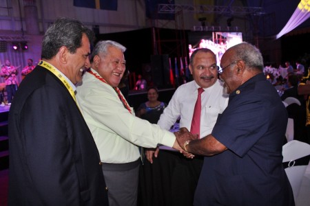 PM Tuilaepa meets Michael Somare with Peter O'Neill onside