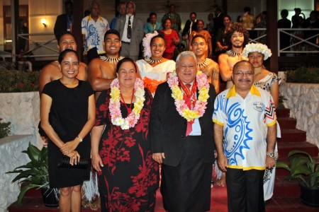 Samoa and Papua New Guinea Prime Ministers with their good ladies and the Samoan students in studying at the Papua New Guinea Adventist University
